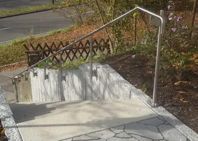 Metallbau: Treppengeländer außen