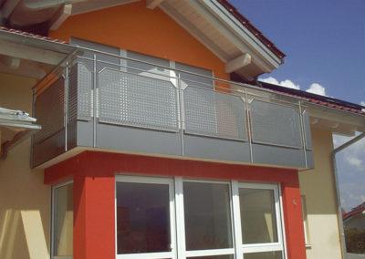 Metallbau: Balkon-Brüstungen